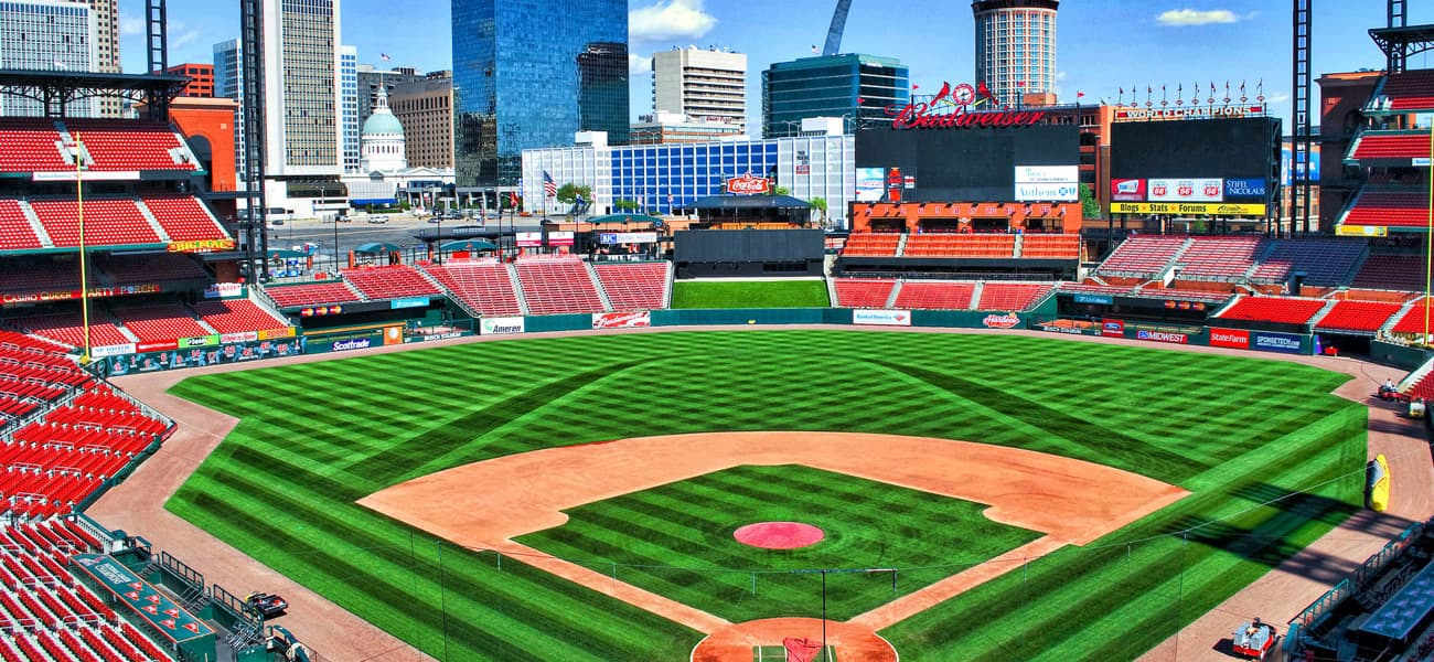 Hotels By Busch Stadium In St Louis