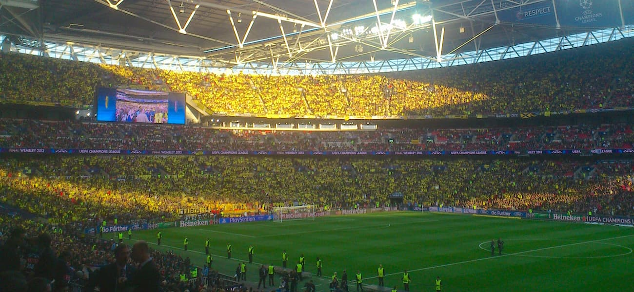 Everton Dortmund Yellow Wall