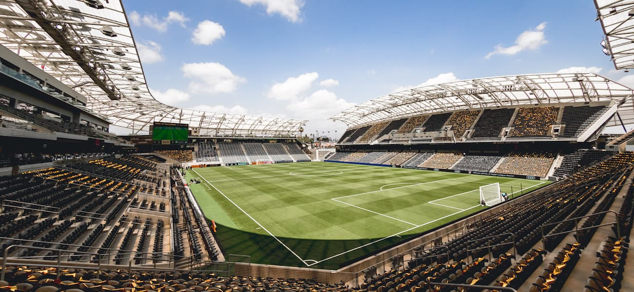 purchase cheap 665a8 20145 Radius Networks launches tech platform at LAFC stadium - The ...